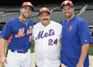 Kevin James Practices With Mets Players At Citi Field