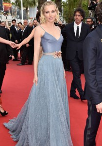 Sienna Miller At Cannes Goes With Boho Look For Closing Ceremony
