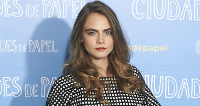 Cara Delevingne Rocks Stylish Two-Piece Ensemble To 'Paper Towns' Photocall