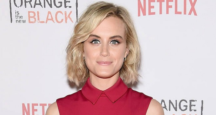 Taylor Schilling Wows In Red At 'OITNB' Fan Event