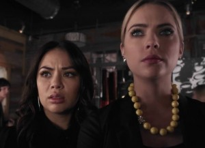 'Pretty Little Liars' Recap: Mona Returns To Rosewood, Spencer And Hanna Head To Radley