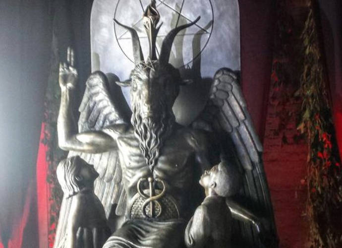 Satanic Monument Of Baphomet Unveiled By Detroit S Satanic