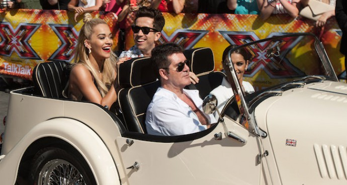 Simon Cowell Pulls Up to 'X-Factor' Auditions In Style, Counsels Louis Tomlinson