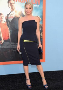 Christina Applegate Goes Glam In Amanda Wakeley To 'Vacation' Premiere
