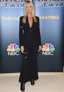Heidi Klum Rocks A Suit For 'America's Got Talent' Viewing Party