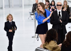 Cara Delevingne And Hudson Kroenig Close Chanel's Paris Fashion Week Show With Karl Lagerfeld