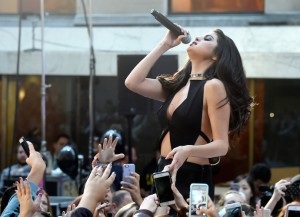 Selena Gomez Performs 'Good For You' & 'Same Old Love' On 'Today'