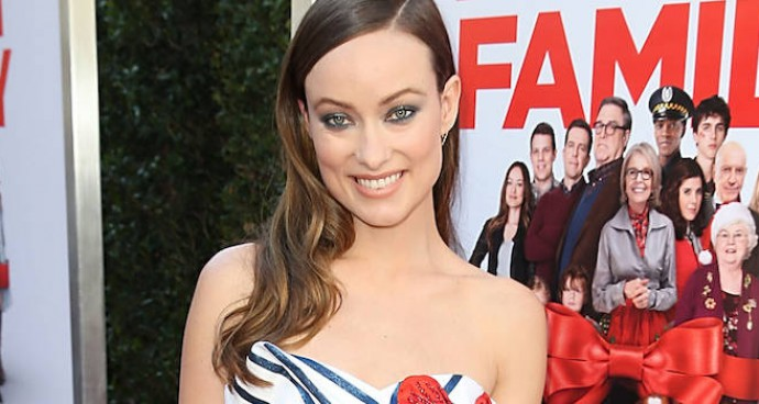 Olivia Wilde Channeled Christmas For Her 'Love The Coopers' Premiere Look