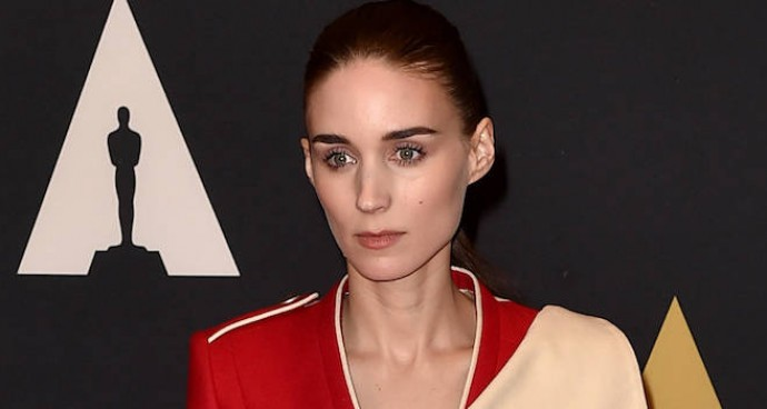 Rooney Mara Rocks Military Style Jacket To Governors Awards