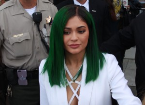 Kylie Jenner Debuts Green Hair At Lip Kit Launch