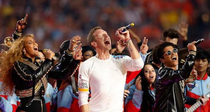 Beyonce & Bruno Mars Join Coldplay Frontman Chris Martin At Super Bowl 50 Halftime
