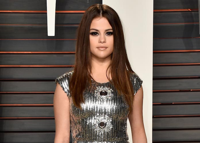 Selena Gomez & The Weeknd Spotted Kissing As Dating Rumors Run WIld