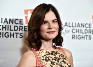 Betsy Brandt On Playing Marie & 'Breaking Bad's Ending [EXCLUSIVE VIDEO]