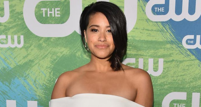 Gina Rodriguez Stuns In White At The CW Upfronts