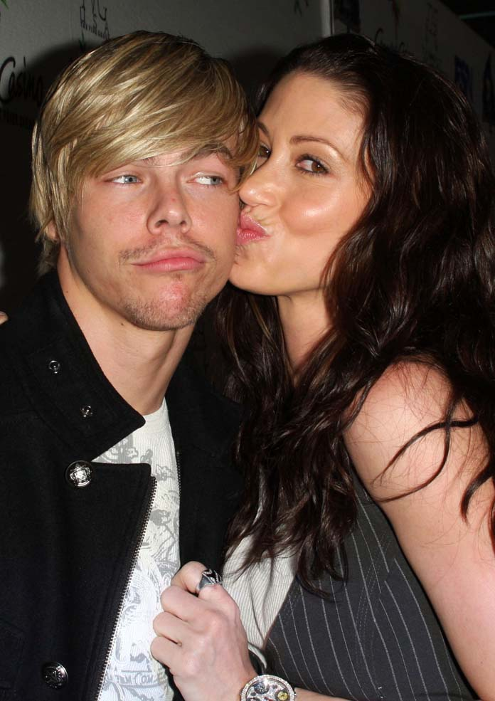 Ladyboy dating 2009 jelsoft enterprises ltd