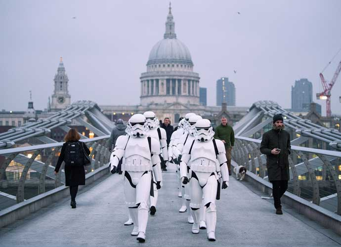 Stormtroopers Parade Through London In Honor Of 'Rogue One' Premiere