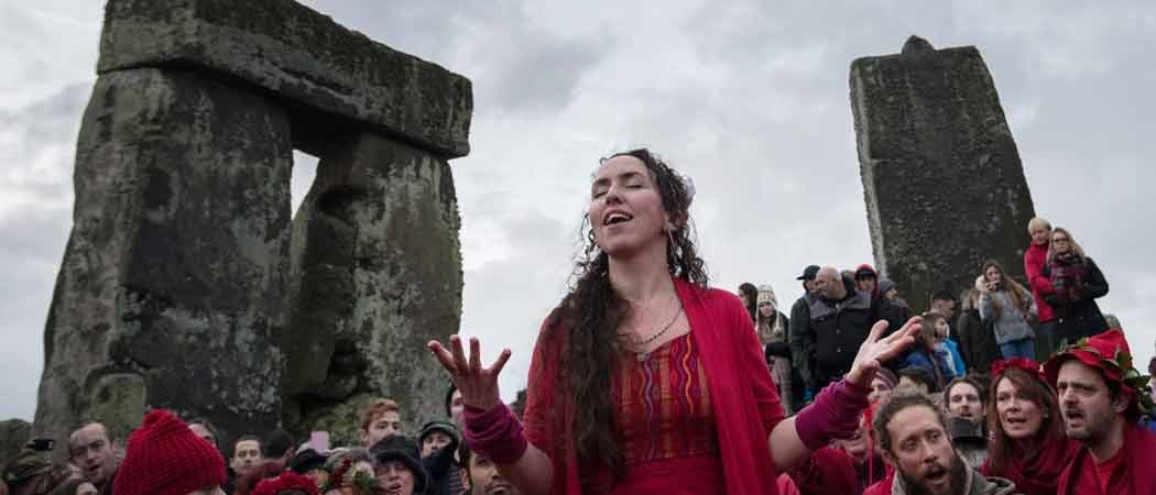 Over 5,000 Gather At Stonehenge To Celebrate The Winter Solstice