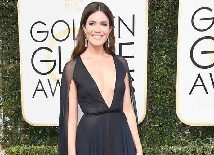 Golden Globes 2017: Kerry Washington, Reese Witherspoon, Mandy Moore Among 10 Best Dressed