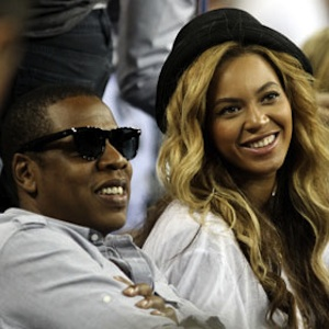Beyoncé Shares Picture Of Blue Ivy And Jay Z