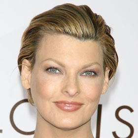 Linda Evangelista Claims French Ex Told Her To Terminate Pregnancy