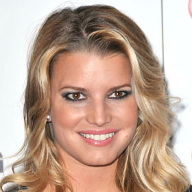 Jessica Simpson Flaunts Baby Bump In Bridesmaids Dress