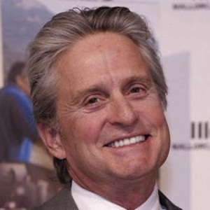 Michael Douglas Cooking Pancakes For Family In Effort To Woo Estranged Wife Catherine Zeta-Jones [Report]