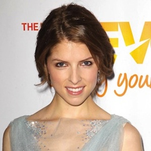 Anna Kendrick Reveals Her Girl Crush On Blake Lively