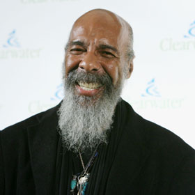 Richie Havens, Famed Folk Singer, Dies At 72