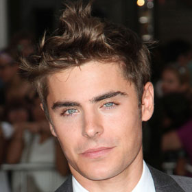 VIDEO: Zac Efron Strips Down To Skivvies In 'The Paperboy'
