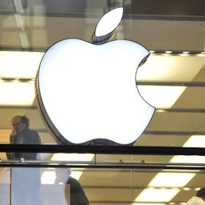 Apple Developing New iPhones With Curved Glass, Bigger Screens