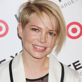 Michelle Williams Debuts New Hairstyle