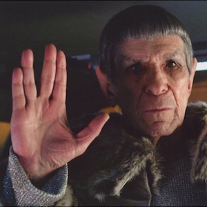 Leonard Nimoy Announces He Has Pulmonary Disease Thirty Years After He Quit Smoking