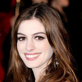 Anne Hathaway: I Have 'Trust Issues'