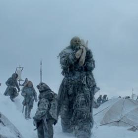 'Game of Thrones' Season 3 Premiere Debuts Giants