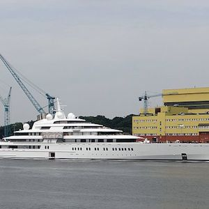 World Most Expensive Yacht Purchased By Abu Dhabi Sheikh