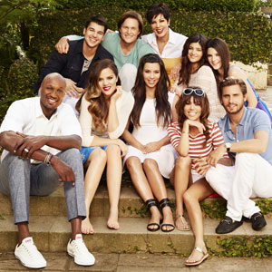 'Keeping Up With The Kardashians' Recap: Kourtney And Khloe Throw Kim A Baby Shower; Kris And Kylie Try To Get Rid Of Bruce's Gun