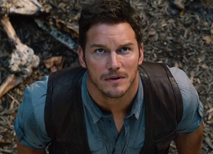 Final Trailer & Posters For 'Jurassic World: Fallen Kingdom' Spoil Plot, Raise Stakes