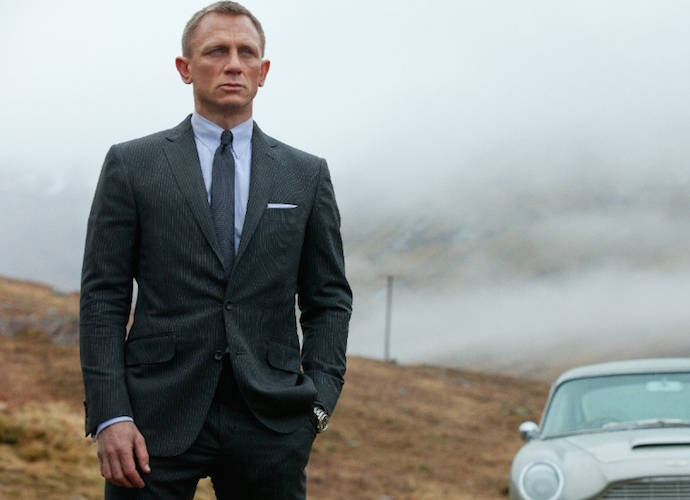 Daniel Craig Reportedly Set To Return As James Bond