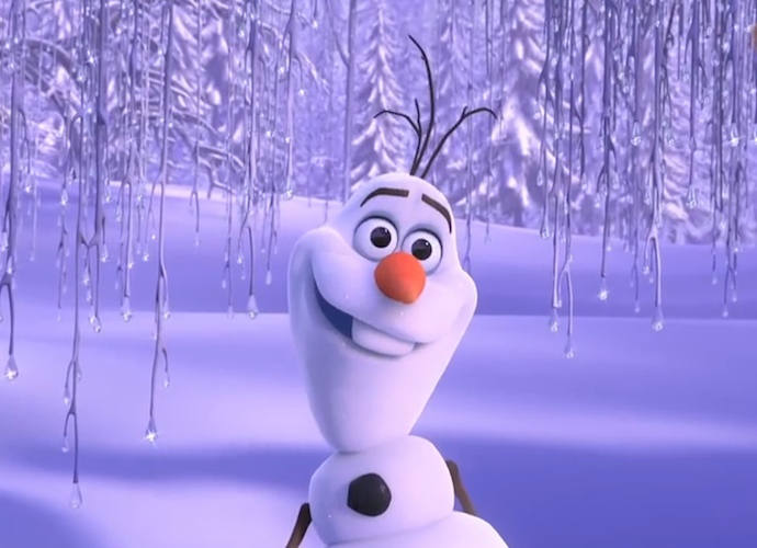 Man Builds 'Frozen' Olaf Snowman For Grandson