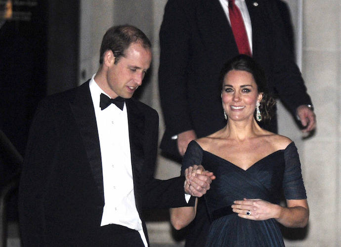 Kate Middleton Stuns At St. Andrews Dinner At The Met With Prince William