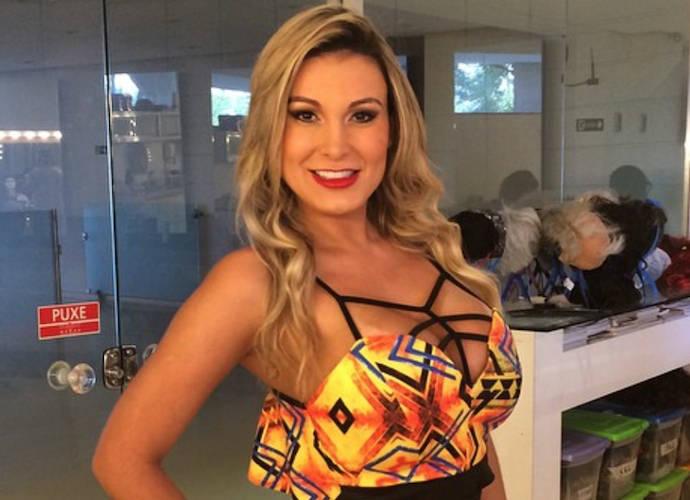 Andressa Urach, Brazilian Model, Says Plastic Surgery Addiction Almost Killed Her