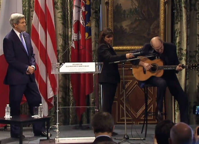 "John Kerry Brings James Taylor To Sing ""You've Got A Friend"" In Paris"