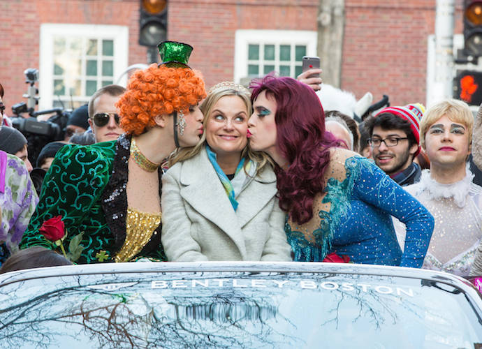Amy Poehler Honored And Roasted As Hasty Pudding Honoree