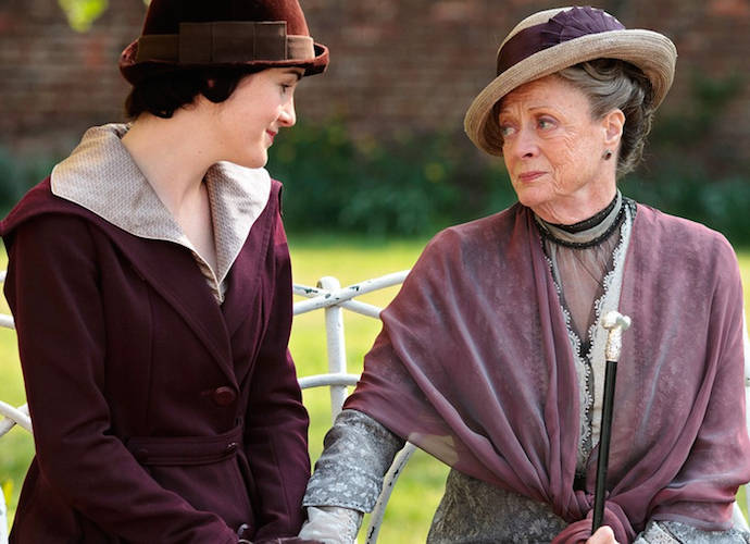 'Downton Abbey' Recap: Lord Grantham Gets Into A Fight; Aunt Rosamund Visits