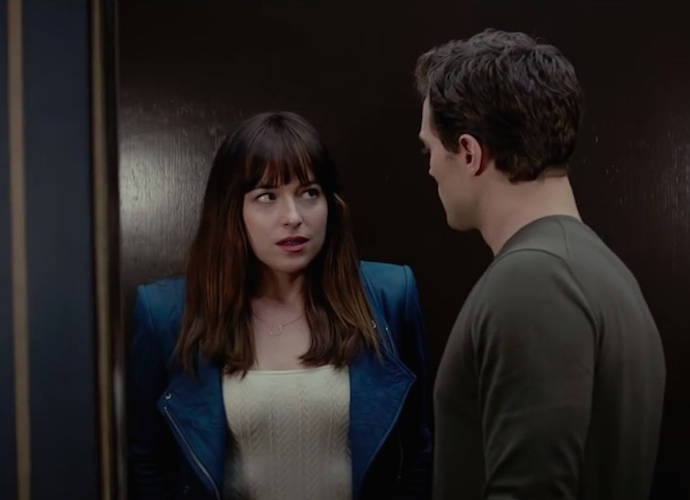'Fifty Shades Of Grey' Review Roundup: Critics Mixed On Adaptation Of E.L. James' Erotic Romance Novel