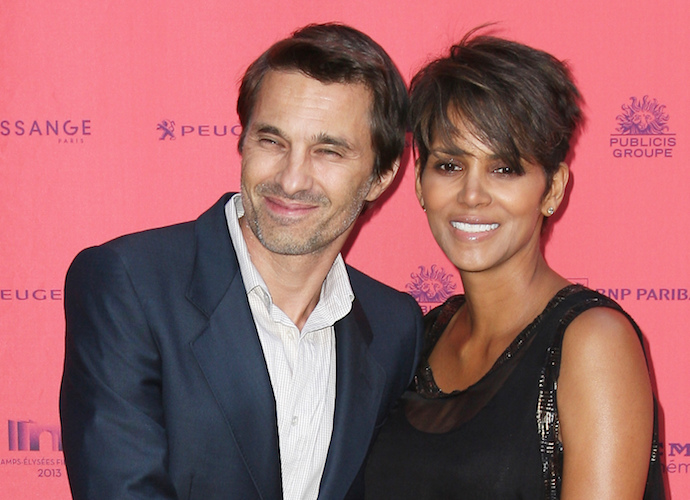 David Justice Denies Ever Hitting Halle Berry, Warns Olivier Martinez About Bad Press To Come Following Split