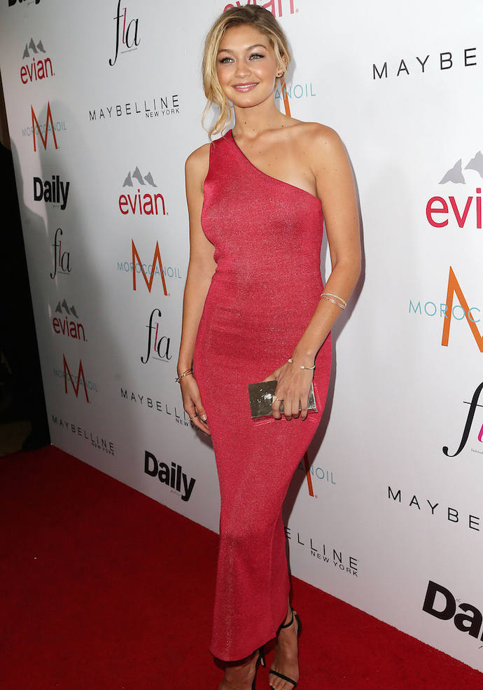 Gigi Hadid Wore Asymmetrical Gown To AcceptDaily Front Row'sModel Of The Year Award