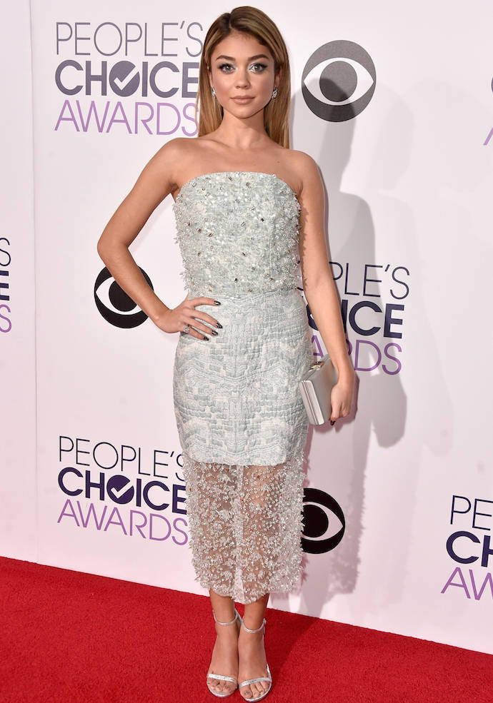 Sarah Hyland Stood Out At The People's Choice Awards In Silver Number