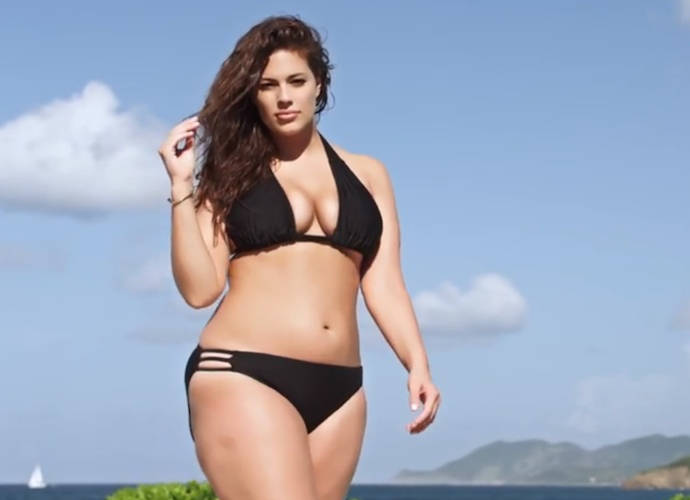 Ashley Graham And Robyn Lawley Featured As 'Sports Illustrated Swimsuit Issue' First Plus-Size Models