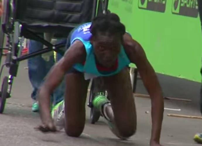 Hyvon Ngetich, Kenyan Marathon Runner, Crawls To Finish Live